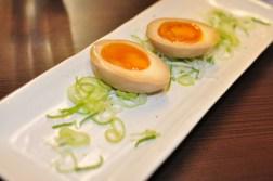 Brązowe jajeczka