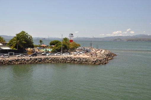 Widok na port w Puntarenas