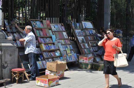Książki na ulicach Tbilisi