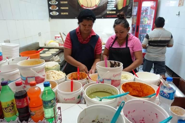 Cancun - panie przygotowują nasze tacos