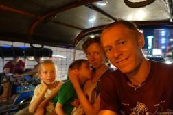 Powrót tuktukiem z Chinatown