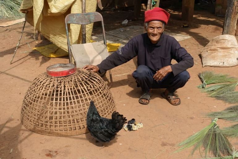 Kurczaki u plemienia Akha