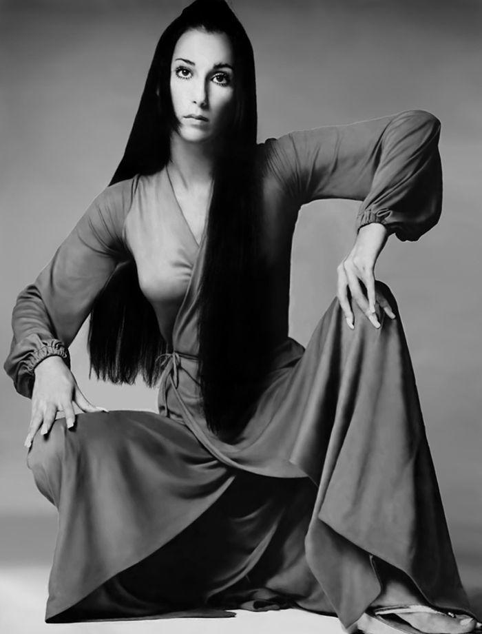 Cher, deur Richard Avedon, Vogue November 1969