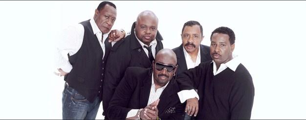 Otis Williams in the center;