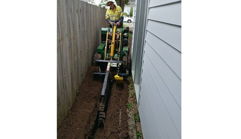 Trencher - Rogers Little Loaders Dry and Wet Hire Brisbane
