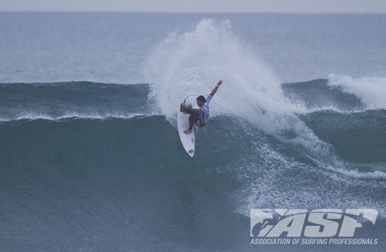 Rogue Mag Surf ASP Rip Curl Pro Bells Beach 2011 Alejo Muniz