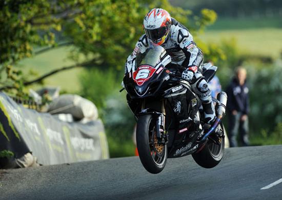 Rogue Mag Motorsport - Isle of Man TT - Double TT winner Cameron Donald confirms Lightweight TT entry