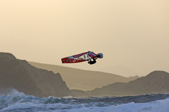 Rogue Mag - Red Bull Storm Chase 2012: Challenging the Elements