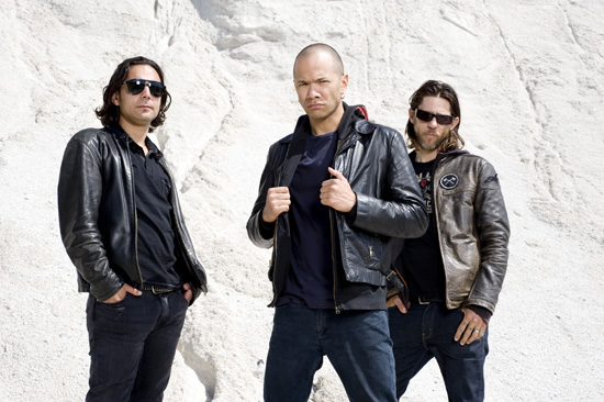 "Rogue Mag Music - Danko Jones announce new album ""Rock And Roll Is Black And Blue"""