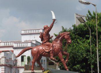 भोजपुर में बाबू वीर कुंवर सिंह की प्रतिमा