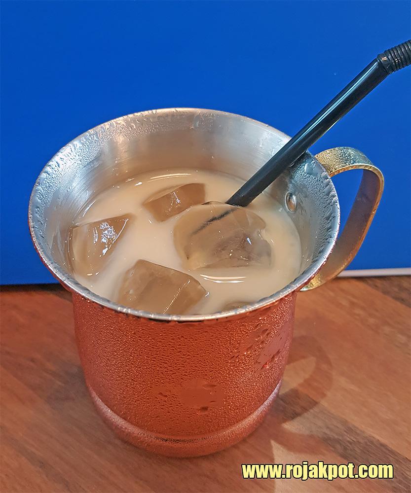 Iced cafe au lait @ Franco Pavilion