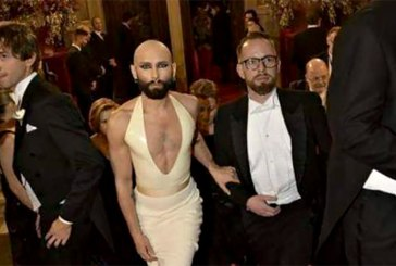 This Viral Photo Of Luxembourg PM + Partner Is FAKE!
