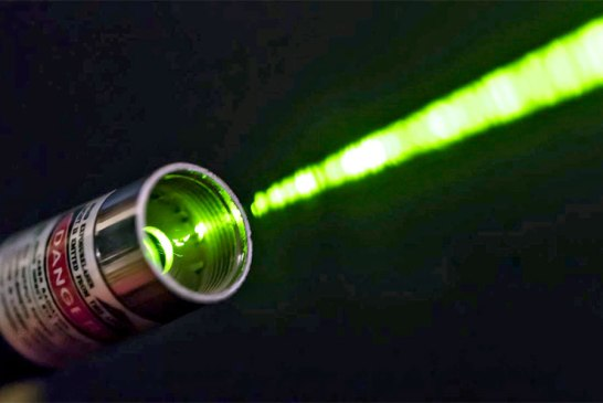 Why You Should NEVER Give Laser Pointers To Kids!