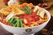 Did Old Town White Coffee Use PORK In Curry Mee?!
