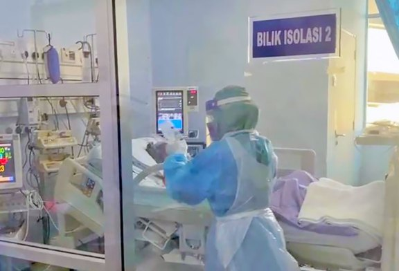 COVID-19 in Malaysia : 354468 Cases, 339067 Discharged, 1304 Dead