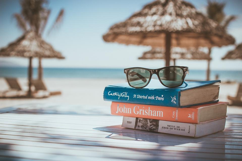 Knjige za čitanje pod sunobranom: Odmor(i) za dušu!