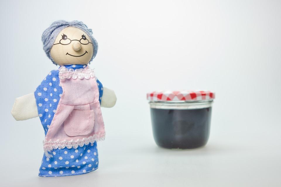 Kazani vas jedva čekaju: Za zimnicu je dovoljno malo volje, nešto namirnica i vredne ruke (RECEPTI)