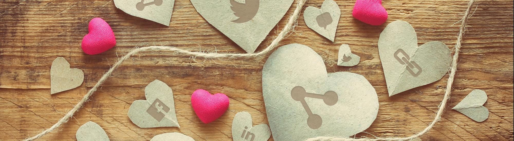 Šta kriju fotografije srećnih ljubavi: Emocija ni od korova, a društvene mreže cvetaju