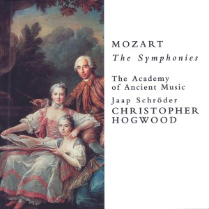 Mozart: Symphonies — Hogwood; CD cover