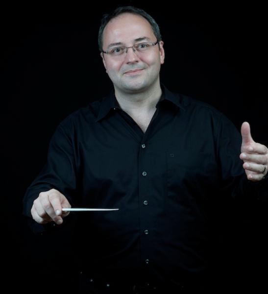 Stephan Klarer (source: www.stephanklarer.ch; © Michael Bosshard Zürich)