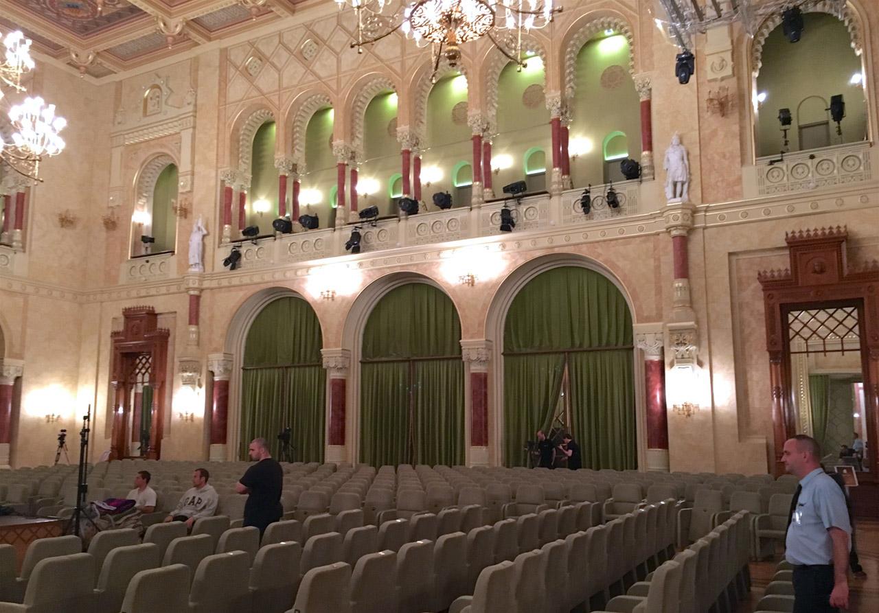 Pesti Vigadó, concert hall, audience (© Rolf Kyburz)