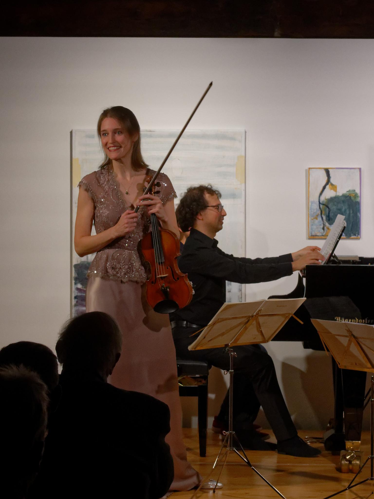 Oberon Trio (Henja Semmler, Jonathan Aner) @ Zimmermannhaus Brugg, 2019-11-02 (© Rolf Kyburz)