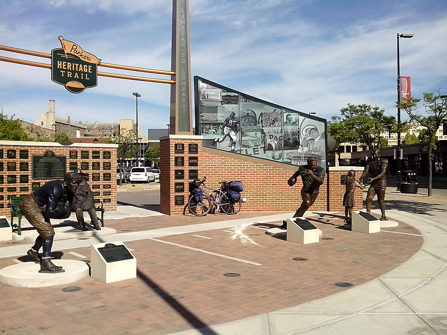 Packers Heritage trail, downtown