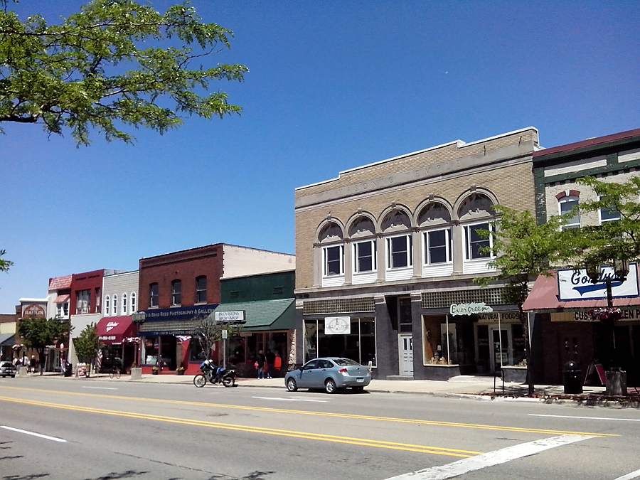 Shops on Ludington Ave