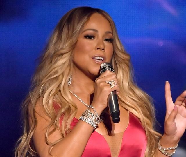 Mariah Careyamerican Music Awards Show Los Angeles Usa  Mariah Carey Released Her New