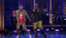 See Sean Paul, J Balvin's En Fuego 'Contra La Pared' Performance on 'Fallon'