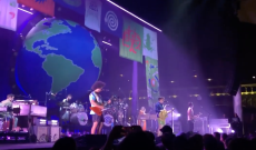 Watch Vampire Weekend Cover Crowded House's 'Don't Dream It's Over'