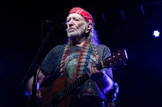 Watch Willie Nelson, Phil Lesh's Jubilant Medley on Outlaw Music Festival Tour