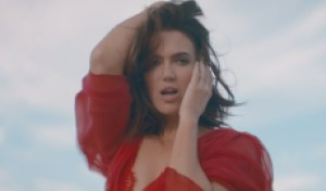 Mandy Moore Returns With First New Song in a Decade, 'When I Wasn't Watchin'