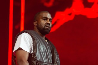 Kanye West Sets New 'Jesus Is King' Release Date