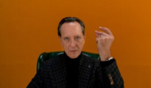 Watch Richard E. Grant's Opening Monologue From 'Dispatches From Elsewhere'