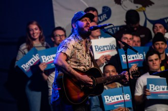 Wanna See Bon Iver Perform in Wisconsin? Pledge to Vote