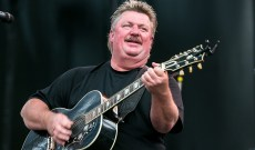 Joe Diffie, Nineties Country's 'Pickup Man,' Dead at 61 From Coronavirus