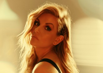 Lindsay Ell Launches Charity for Sexual Trauma Survivors