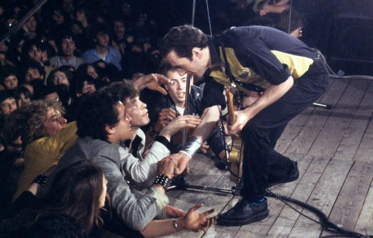 I Clash a Bologna nel 1980, tra verità e leggenda | Rolling Stone Italia