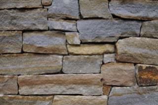 Mountain Fieldstone™ ledge