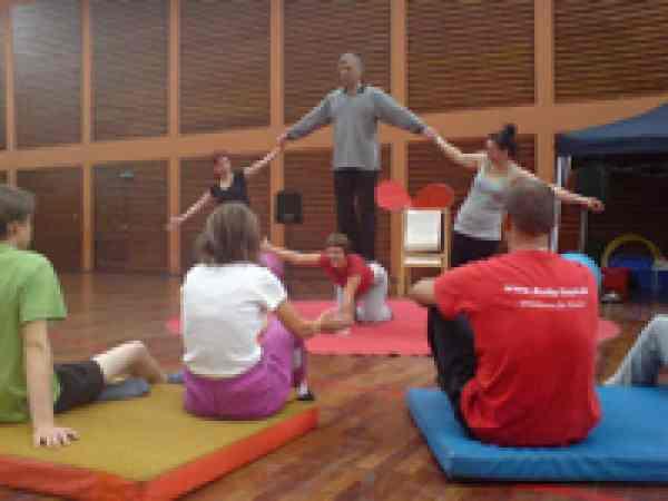 Zirkuspädagogik – Betreuerfortbildung