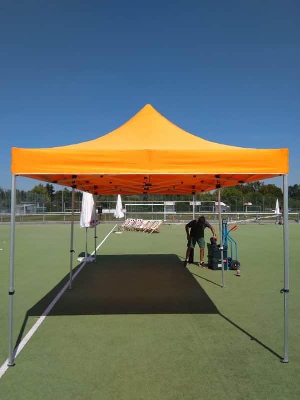 Pavillon Seite Sportplatzfest