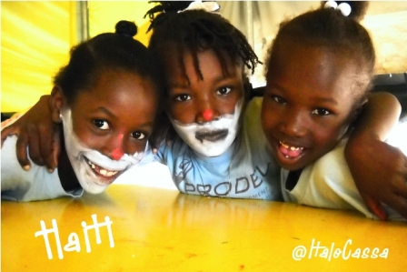 Piccoli clown ad Haiti : Italo Cassa di Roma