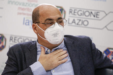 Coronavirus: Zingaretti inaugura a Ostia hub vaccinale nel centro federale nuoto