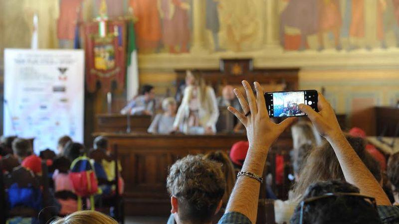 Premio Fair Pay Menarini: nell'edizione del venticinquennale, torna a settembre l'XI Concorso di Borse di studio
