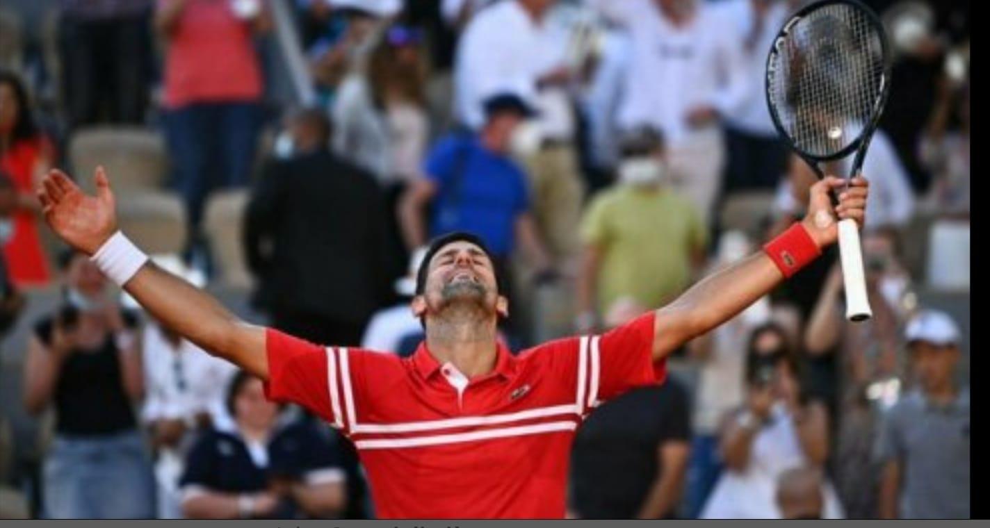 Tennis Roland Garros, Immenso Djokovic.