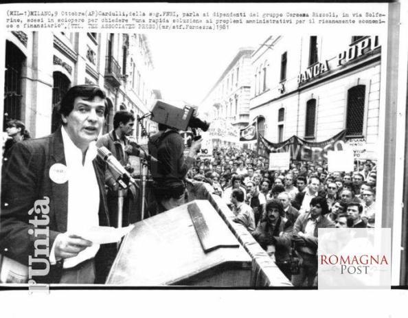 In via Solferino a Milano, Sandro Cardulli ad un comizio con i lavoratori del Corsera Rizzoli, 9 ottobre 1981