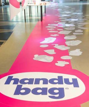 exposition à Paris sacs poubelle réinventés par creapole pour handy bag