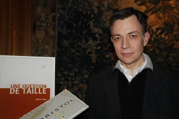 Le Lauréat 2015 du Prix Bristol des Lumières - Olivier Rey - Une question de taille Editions Stock - Photo Mitra Etemad pour romainparis.fr