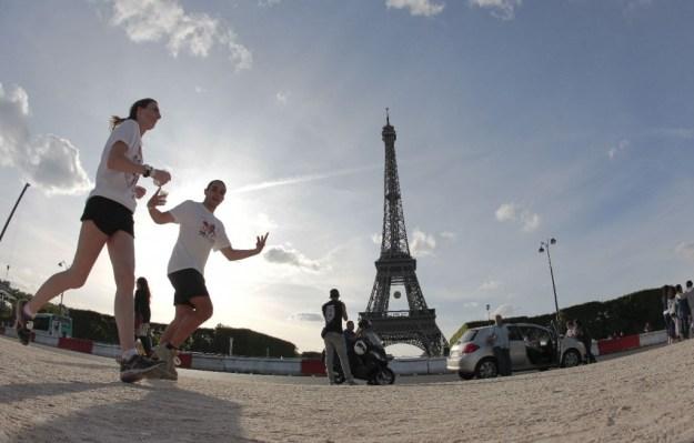 No Finish Line Paris by Siemens Coureurs Tour Eiffel. Crédit photo © Sportimages